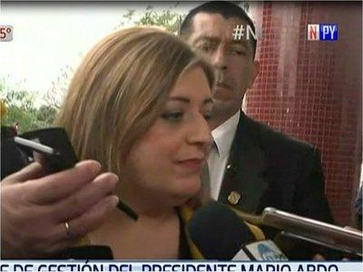 Sandra Quiñónez defiende investigación contra parlamentarios