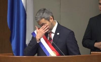 Abdo Benítez rompe en llanto al recordar secuestros