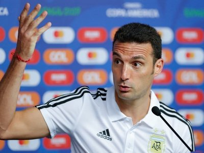 """Scaloni admite una necesidad """"indudable"""" de Messi"""
