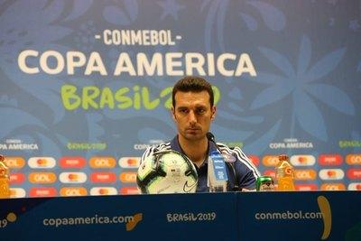 Scaloni afirmó que Brasil es el favorito
