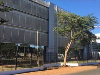 Conflicto por desagüe cloacal impide que se habilite Hospital Ingavi de IPS