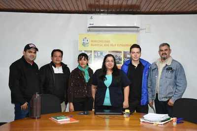 Municipios del Chaco examinan ofertas de licitación para almuerzo escolar