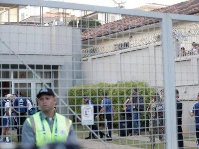 Noche de terror en la concentración de Argentina antes del duelo con Brasil