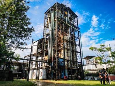 Habilitan modernización de planta alcoholera y hablan de 40 mil familias que serían beneficiadas