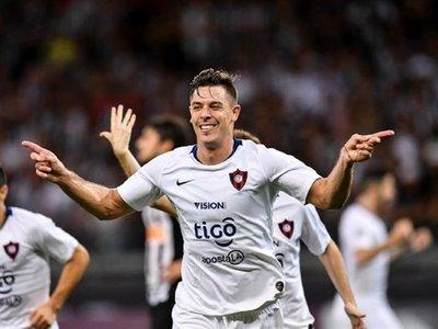 FIFA obliga a Cerro Porteño a pagar deuda por Churín