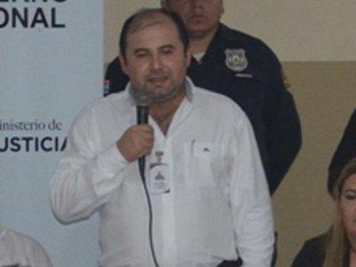 Fiscalía imputa y pide prisión para ex director de la cárcel de San Pedro