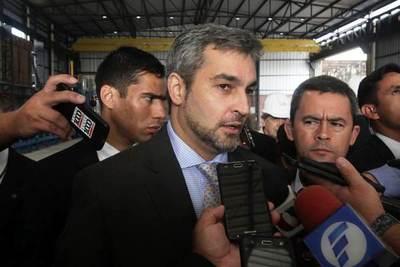 """Abdo Benítez se muestra """"optimista"""" en alcanzar acuerdo automotriz con Brasil"""