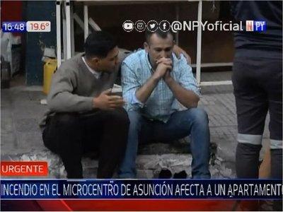 Incendio consumió departamento en pleno centro de Asunción