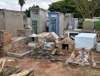 Cuerpo enterrado hace un mes desapareció del Cementerio del Este