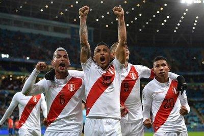¡Perú a la final! Ayer cayó WhatsApp, Facebook, instagram y también Chile