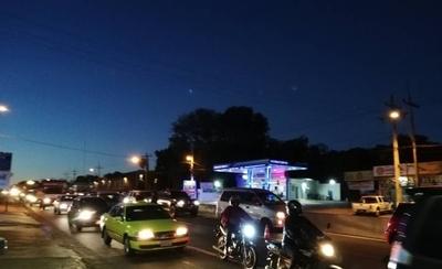 HOY / Accidente fatal en Capiatá genera larga fila de vehículos
