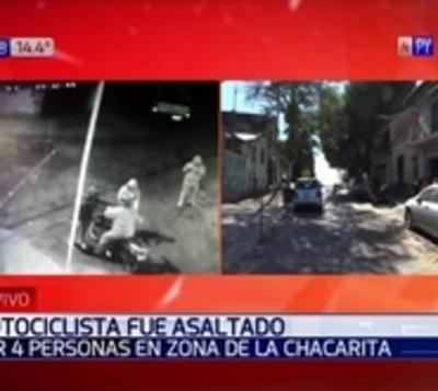 Motociclista fue asaltado por una pandilla en la Chacarita