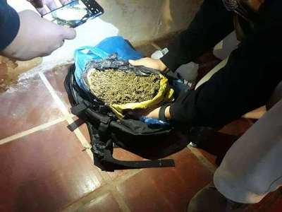 San Juan Bautista; detienen a un joven con más de un kilo de supuesta marihuana