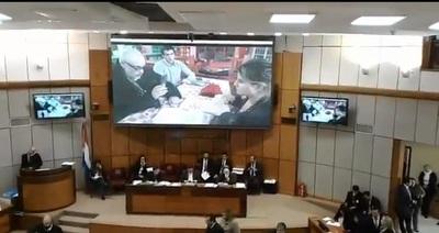 Payo Cubas denuncia que hijo de vicepresidente manda hostigar a víctima