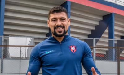 HOY / Juan Patiño ya luce la camiseta del Azulgrana
