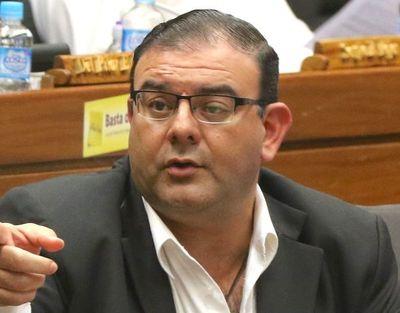 Confirman imputación a Tomás Rivas