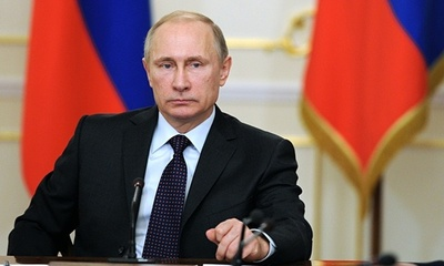 Putin concede condecoraciones póstumas a los 14 marineros rusos