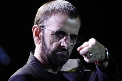 """Cerca de los 80, Ringo Starr sigue contento de """"estar aquí"""""""