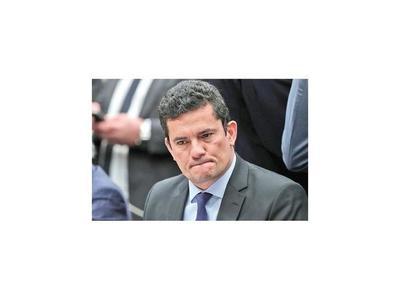 Nuevas filtraciones suben la presión contra ex juez Moro
