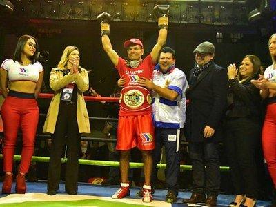 """""""La Pantera"""" Moray cumple su sueño y obtiene el título Sudamericano de Boxeo"""