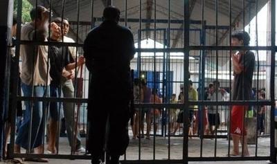 HOY / Cuaderno del PCC: US$ 20.000  para traslados, 10.000  por drogas, prostitutas y el 'dire'
