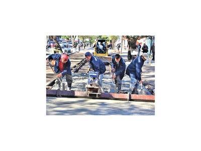 Colocan hormigón hidráulico en  varias avenidas capitalinas