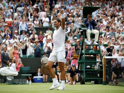Rafael Nadal se impone y pasa a cuartos de Wimbledon