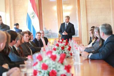 Presidente  reconoce esfuerzo de negociadores de Paraguay en acuerdo Mercosur-Unión Europea