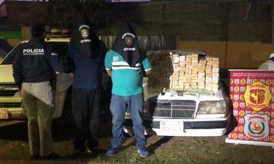 Caen dos hombres con casi 100 kilos de marihuana en vehículo con doble fondo