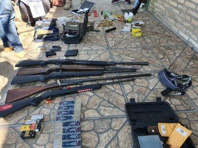 Fiscalía incauta armas y municiones de una vivienda de Villa Hayes