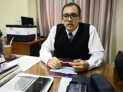 Juez suspendido por defender a Clan Zacarías niega vínculos con familia esteña