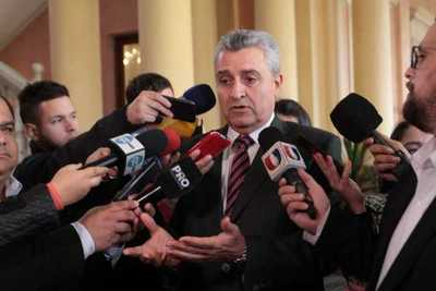 Ministro afirma que trabajos de investigación auguran novedades sobre asalto en San Pedro