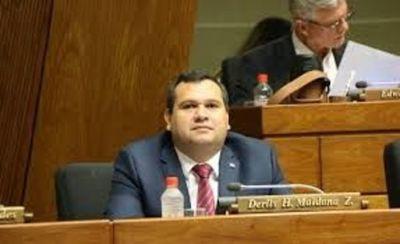 Maidana admite que Cámara de Diputados cometió un error en no destituir a Ulises Quintana
