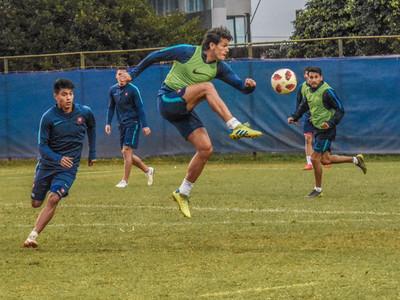 El Ciclón perfila su equipo para debutar en el Clausura