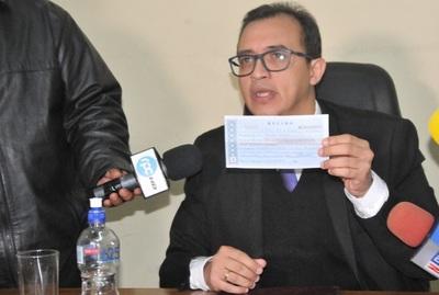 Corte Suprema levantó suspensión del cuestionado juez Marino Méndez
