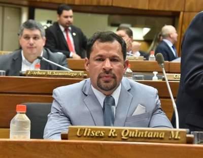 Ulises vuelve a su banca en Diputados