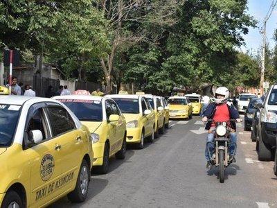 Junta Municipal pide informe sobre paradas de taxis en Asunción