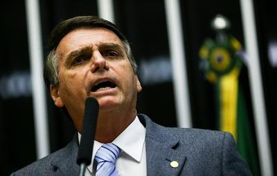 """Bolsonaro prometió nombrar un juez """"terriblemente evangélico"""" a la Corte"""