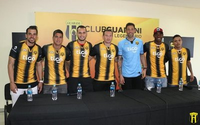 Guaraní presentó a sus refuerzos