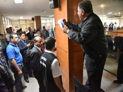 Taxista podría ser investigado por apología del delito