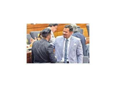 Quintana reasumió en Diputados y  solicitarán pérdida de investidura