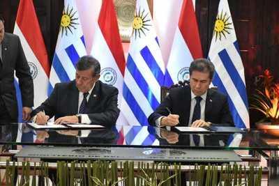 Paraguay y Uruguay acuerdan ampliar intercambio comercial, cadenas productivas e inversiones