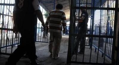 HOY / Unos 4.000 reos podrán pedir su libertad con el cambio del Código Penal
