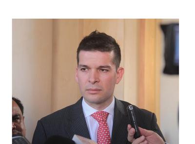 """Bancada de HC en el Senado no participará de sesión donde elegirán a la """"candidata del presidente"""""""