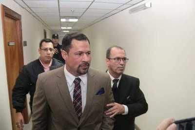 Fiscalía pide revocar libertad del diputado Ulises Quintana