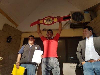 Pantera Moray: ¿De qué le sirve a un campeón estar encerrado?