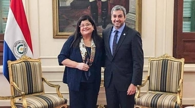 """HOY /  Ministra de Corte 'de Marito'  pro reelección: """"Sin abusar, dos  períodos o tres periodos cortos"""""""