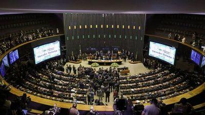 Brasil: Aprueban en primer debate reforma de las jubilaciones