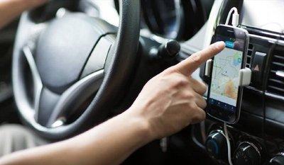 """Uber y MUV rechazan """"monopolio"""" de taxistas"""