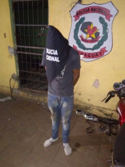 Vecinos detuvieron a un supuesto acosador de estudiante